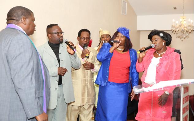 church members singing